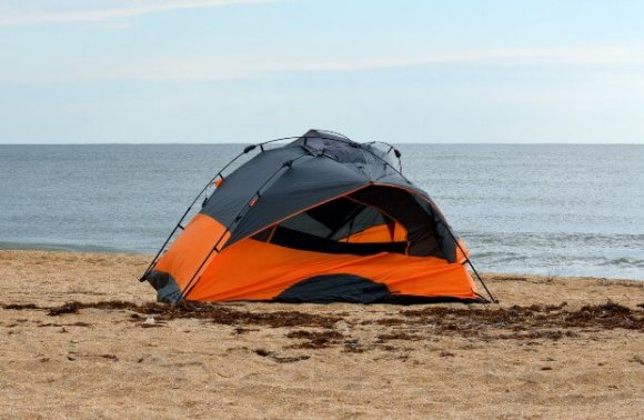 image of can I set up tent on the beach